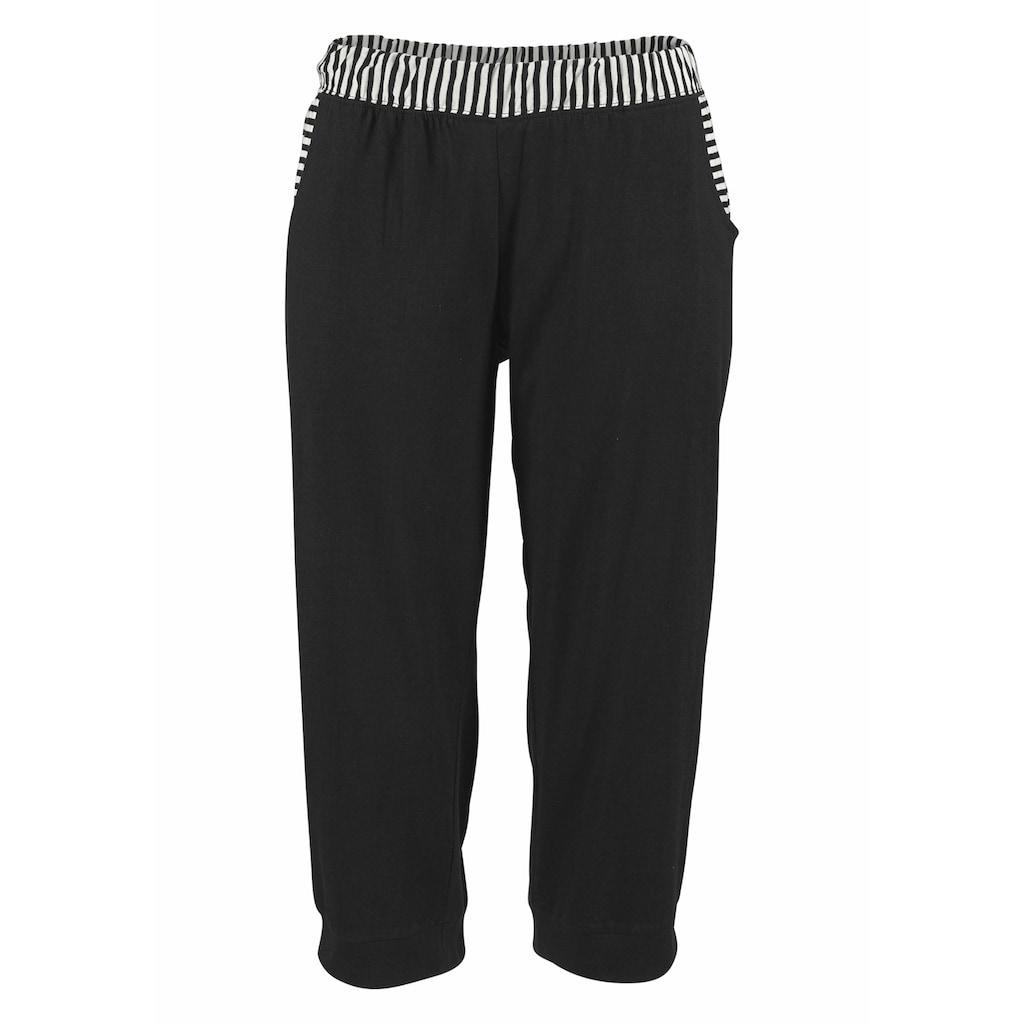 H.I.S Capri-Pyjama, mit geringeltem T-Shirt und legerer Hose