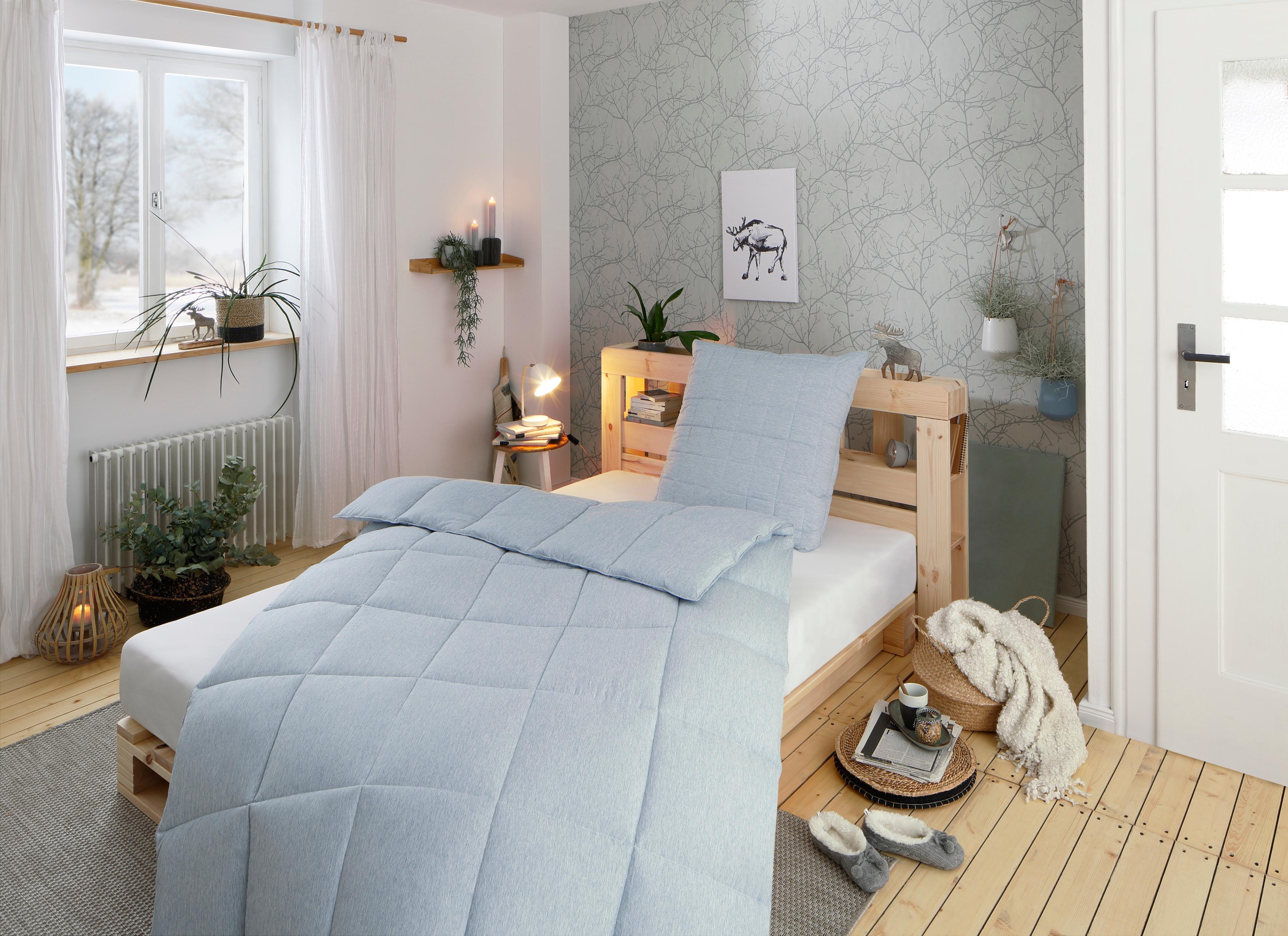 Image of Älgdröm Kunstfaserbettdecke »Norrström«, warm, (1 St.), Modernes schönes skandinavisches Design mit super Preis-/Leistungsverhältnis, erhältlich in 3 Wärmeklassen