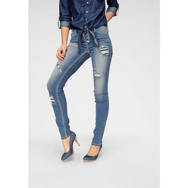 Arizona Slim-fit-Jeans »mit sichtbarer, schräger Knopfleiste«