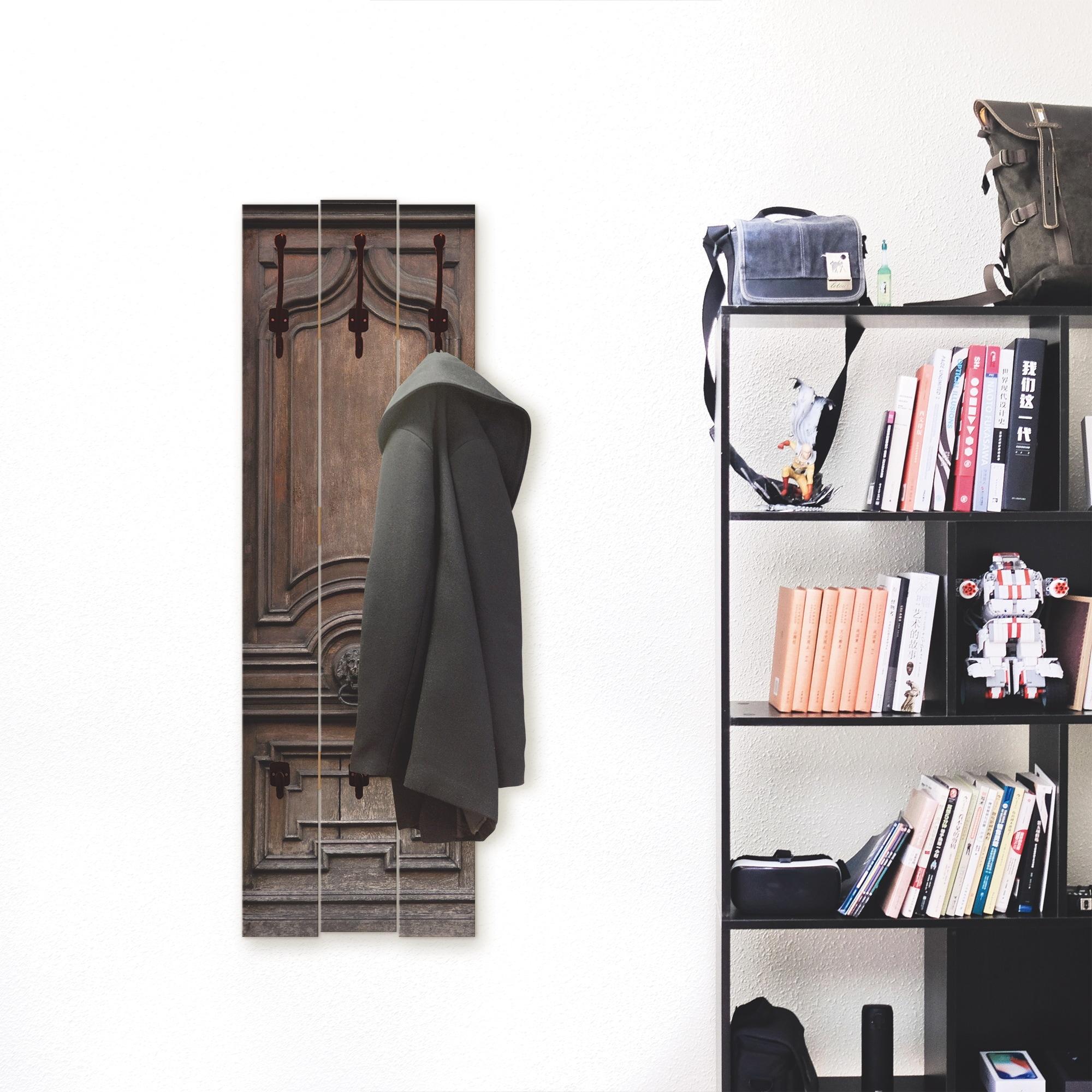 Image of Artland Garderobenpaneel »Alte, massive Tür«, platzsparende Wandgarderobe aus Holz mit 5 Haken, geeignet für kleinen, schmalen Flur, Flurgarderobe