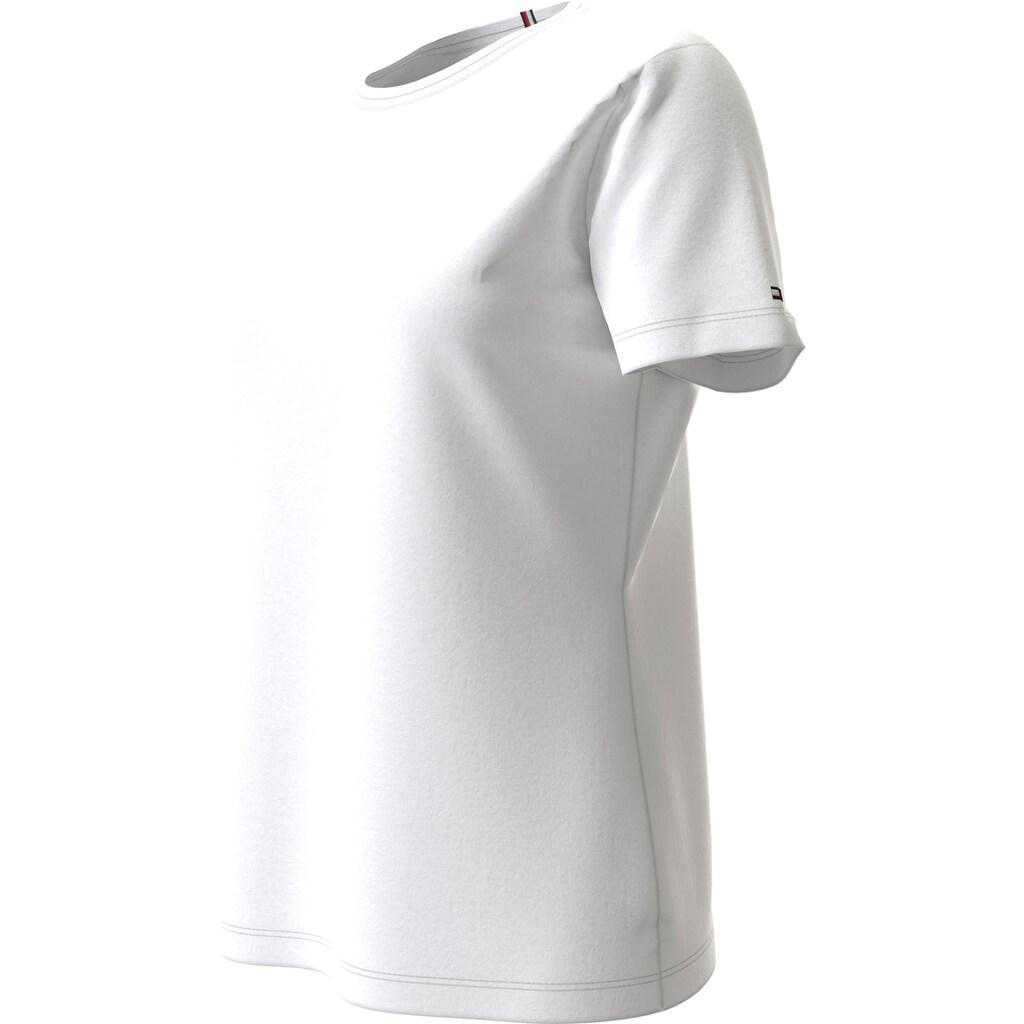 TOMMY HILFIGER Rundhalsshirt »TH COOL ESS RELAXED C-NK TEE SS«, im allover Streifendessin oder unifarben & TommyHilfiger Logo-Flag